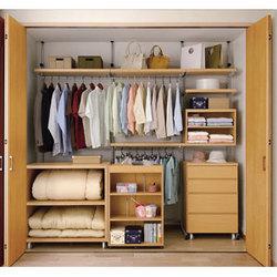 closet-img1.jpg